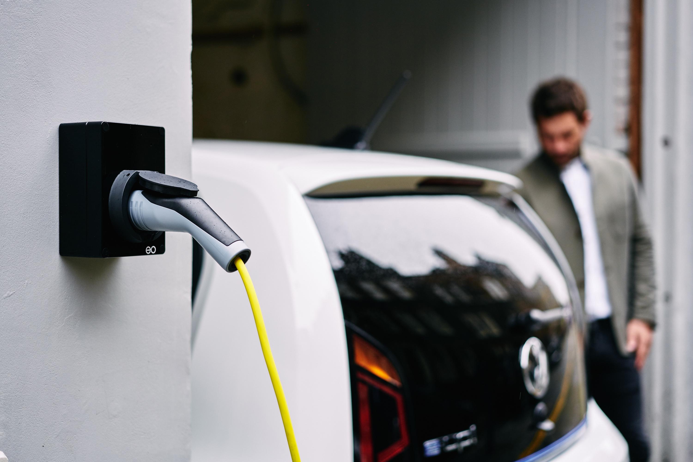 Installere ladestasjon for elbil-Hjemmelader eoMini - Ladefabrikken